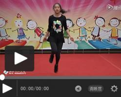 【体艺教程】幼儿园体育技能串烧——呼啦圈、拍球、跳绳示范
