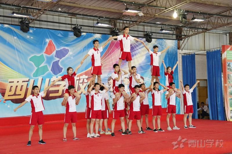 印尼融籍青少年福清夏令营师生到访福建西山学校